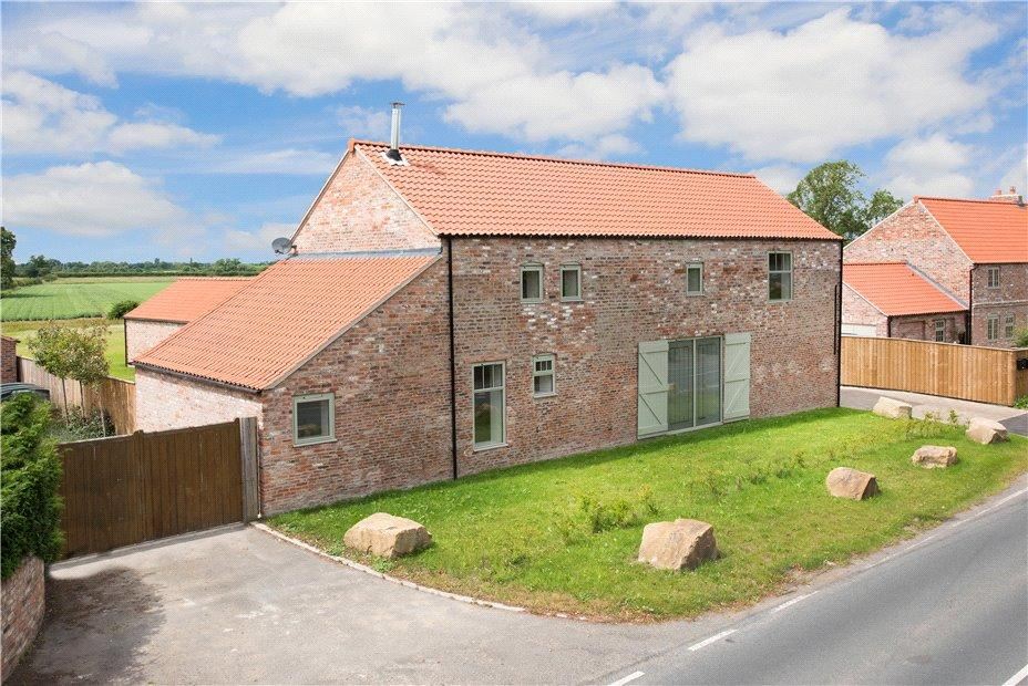 4 Bedrooms Detached House for sale in Long Meadow Barn, Towthorpe Road, Towthorpe, York, YO32