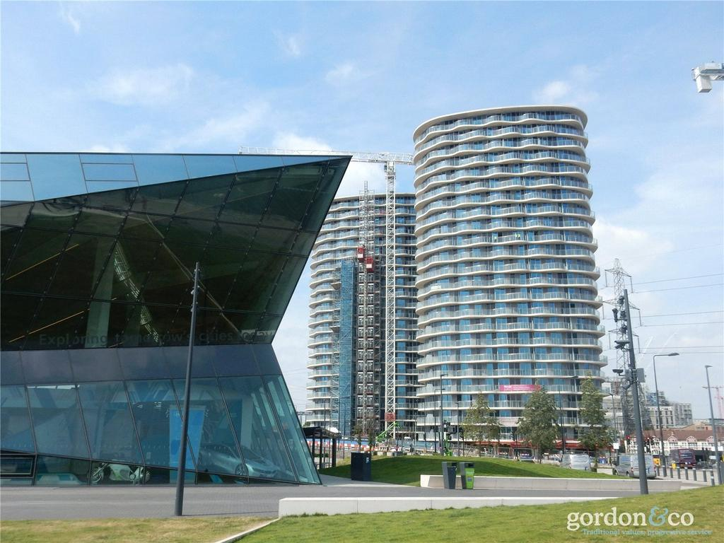 2 Bedrooms Flat for sale in Hoola, Royal Victoria Docks, London, E16