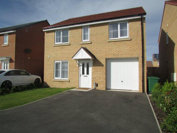 4 Bedrooms Detached House for sale in VICKERS LANE, SEATON CAREW, HARTLEPOOL