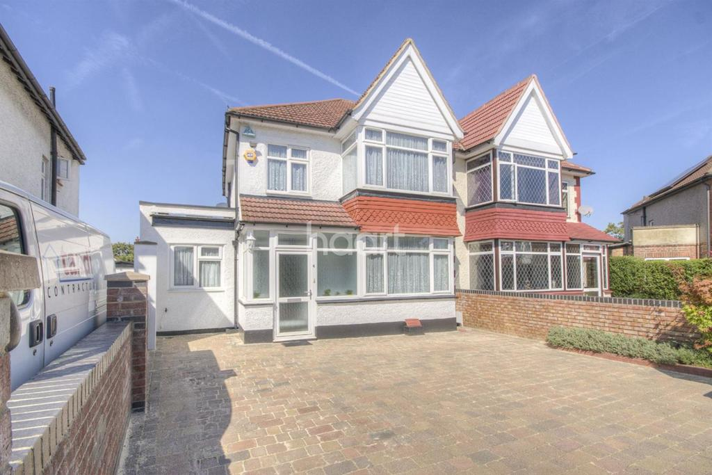 5 Bedrooms Semi Detached House for sale in The Dene, Wembley Park