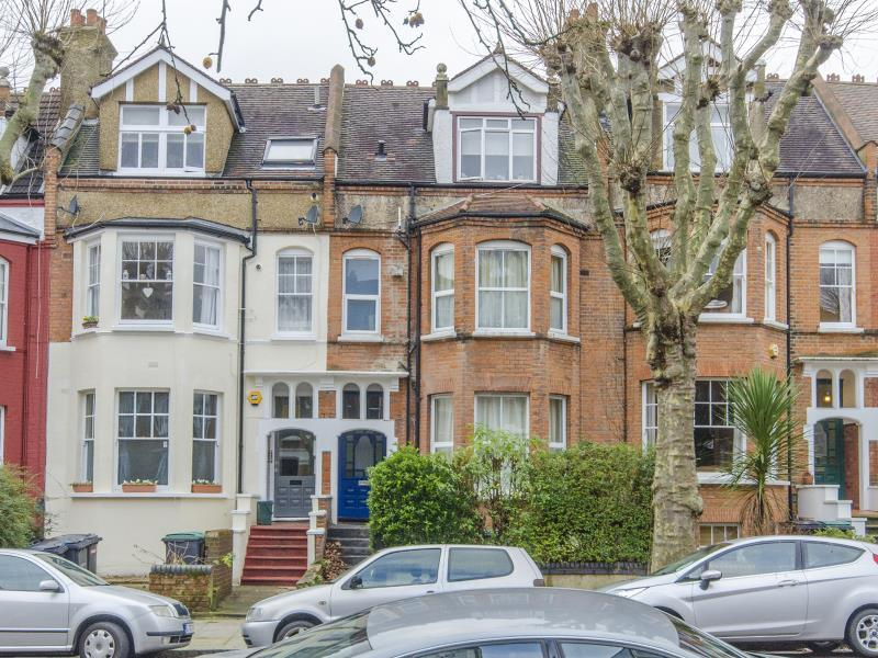 4 Bedrooms Terraced House for sale in Park Avenue North, N8