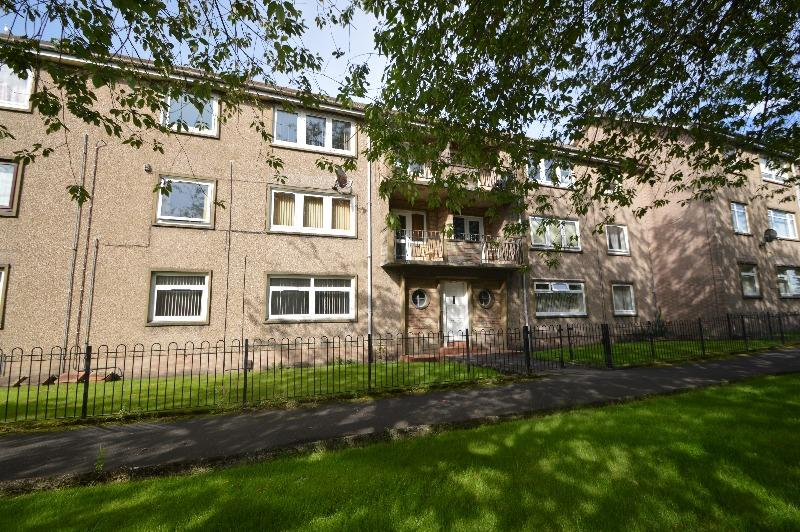 2 Bedrooms Flat for sale in Broomlands Drive, Irvine, North Ayrshire, KA12 0EA