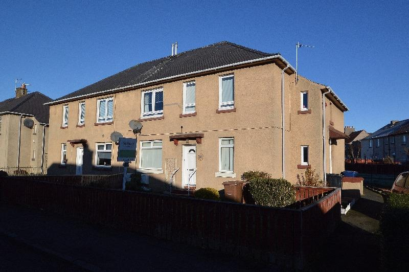 2 Bedrooms Flat for sale in Galt Avenue, Irvine, North Ayrshire, KA12 0NX