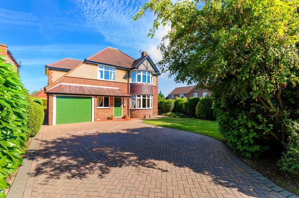 4 Bedrooms Detached House for sale in Grantham Road, Sleaford, Lincolnshire, NG34