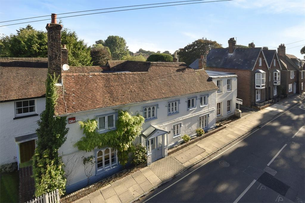 7 Bedrooms Town House for sale in Alton, Hampshire