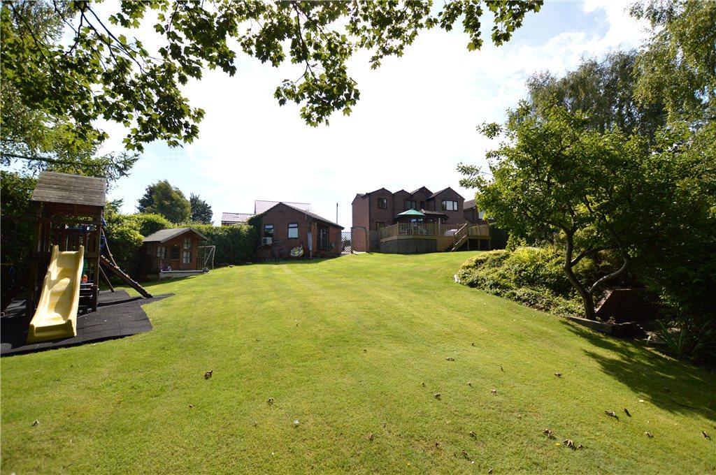 5 Bedrooms Detached House for sale in Cambridge Grove, Kippax, Leeds, West Yorkshire
