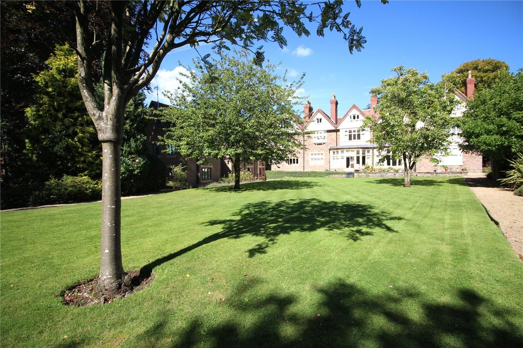1 Bedroom Retirement Property for sale in The Grange, Saville Road, Bristol, BS9