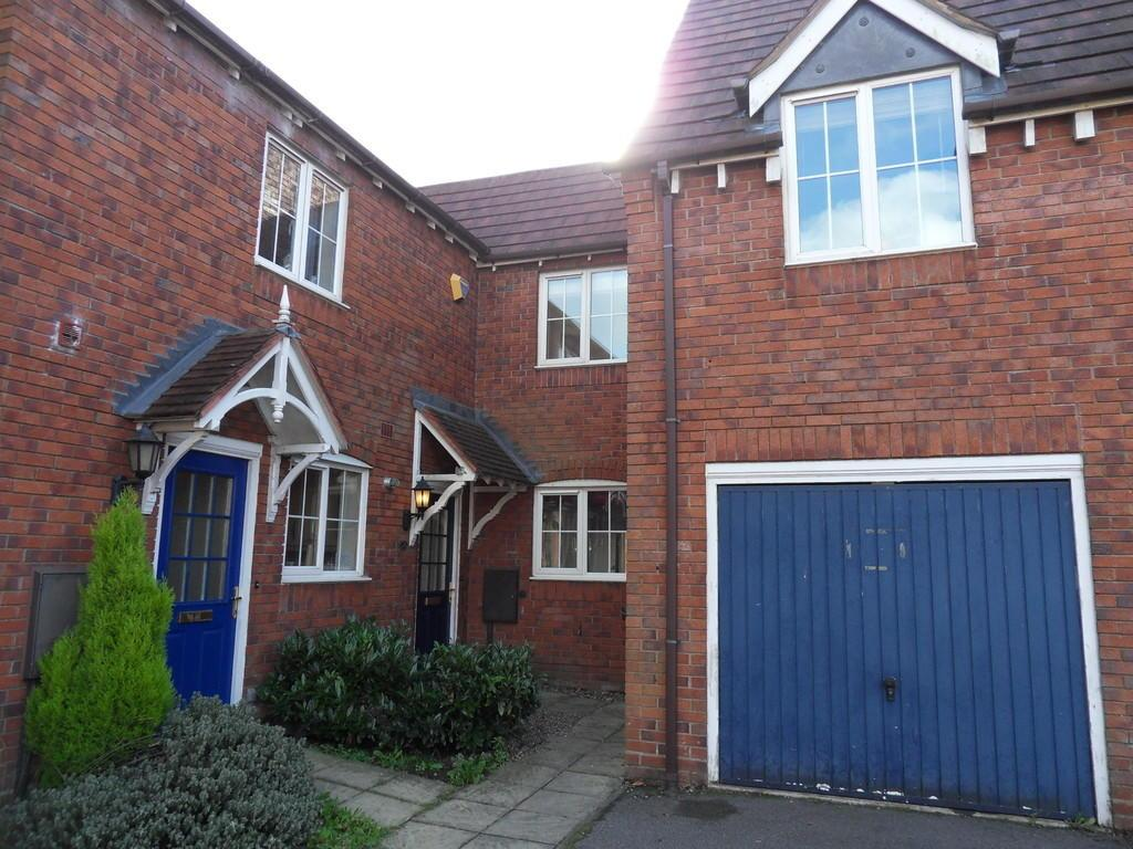 3 Bedrooms Town House for sale in Merry Hurst Place, Hinckley
