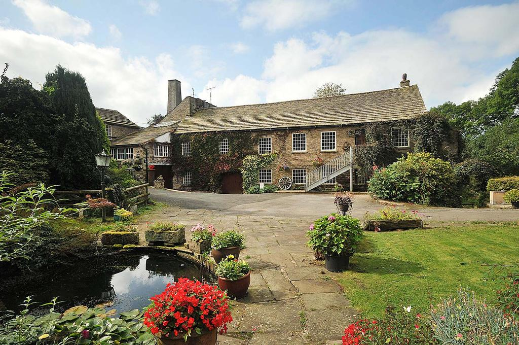 3 Bedrooms Mill Character Property for sale in Rainow, Macclesfield