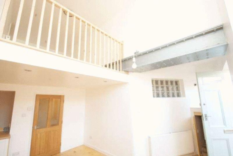 2 Bedrooms Apartment Flat for sale in Metropole Court, North Promenade