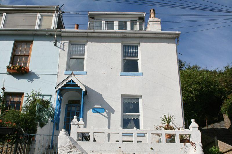 3 Bedrooms End Of Terrace House for sale in Ranscombe Road, BRIXHAM