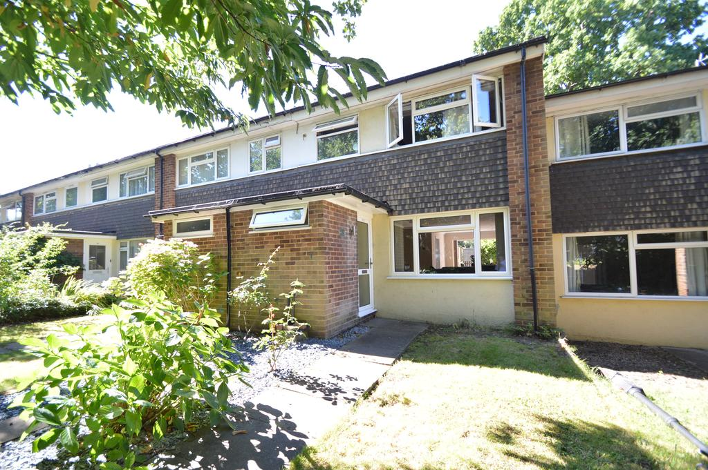 3 Bedrooms Terraced House for sale in Station Avenue, WALTON ON THAMES KT12