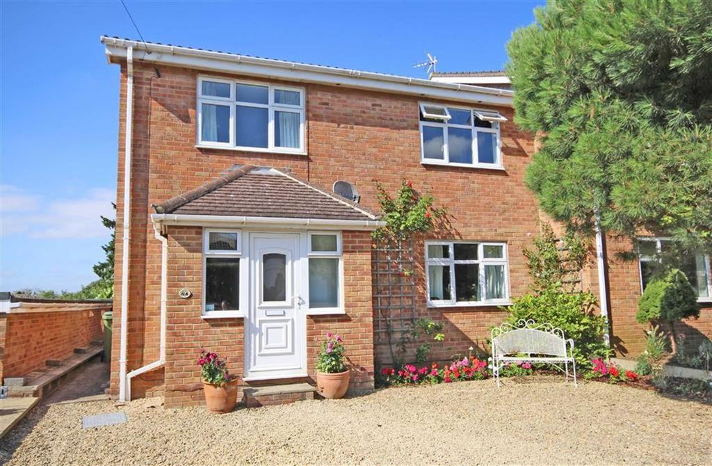 4 Bedrooms Semi Detached House for sale in Collum End Rise, Leckhampton, Cheltenham, GL53