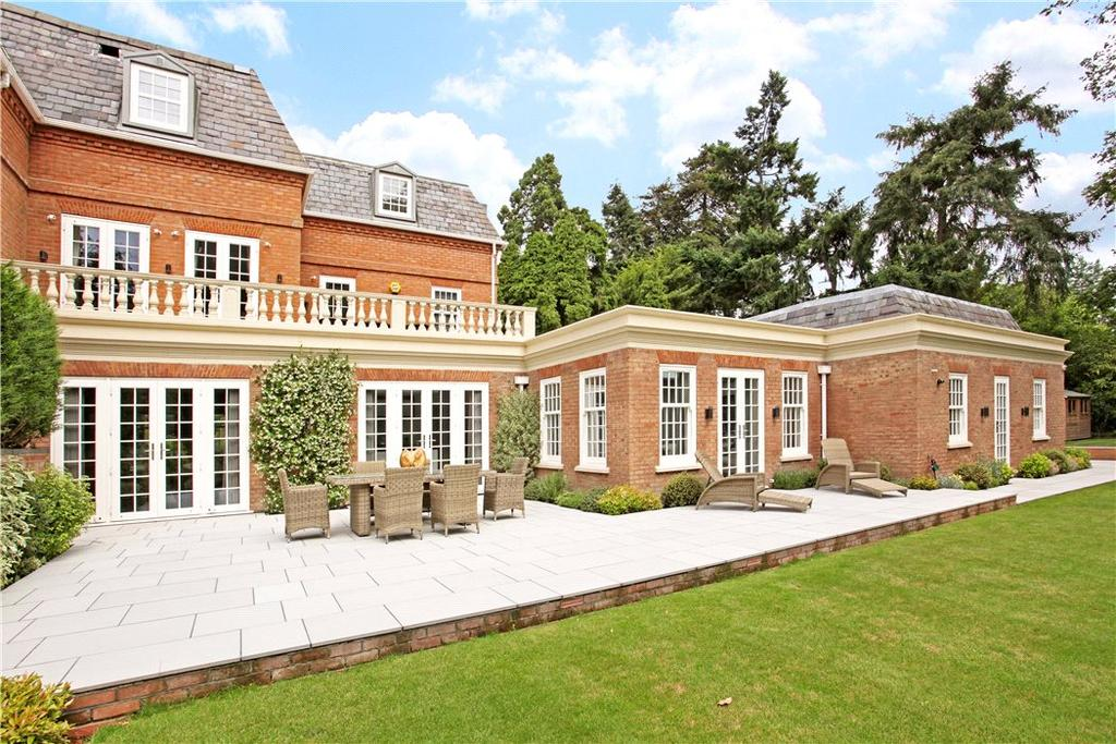 3 Bedrooms Terraced House for sale in The Dell, Bishopsgate Road, Englefield Green, Surrey, TW20