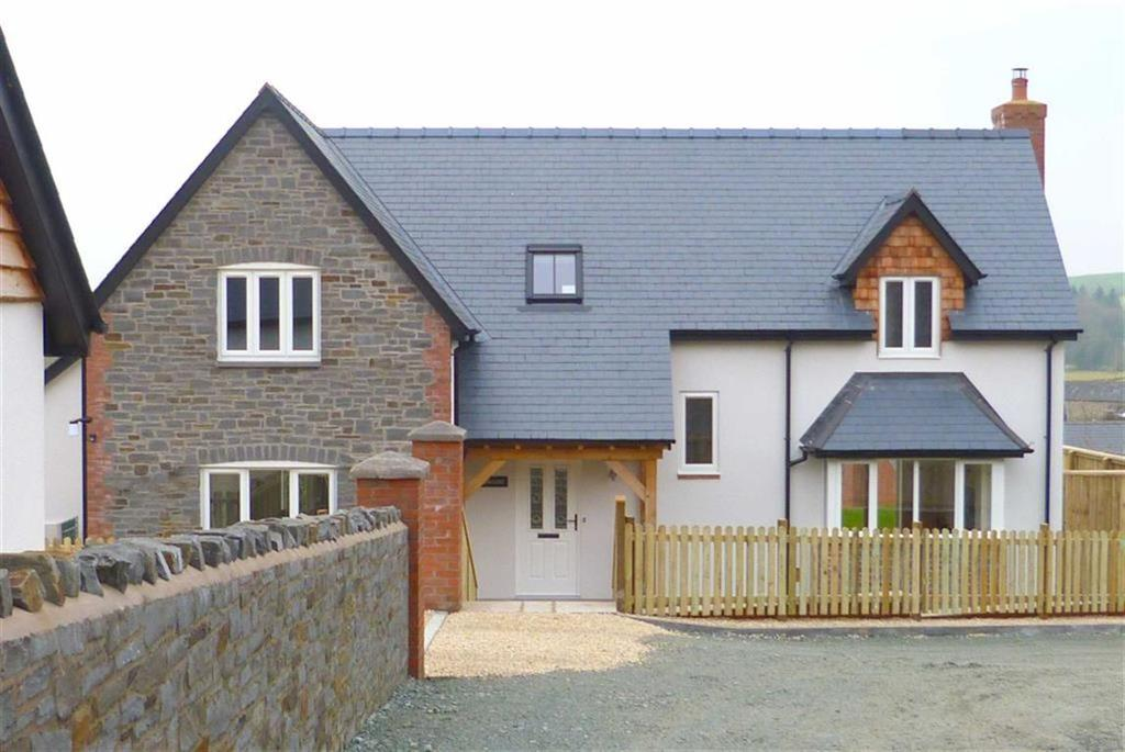 4 Bedrooms Detached House for sale in Cae'r Ysgol, Church Lane, Llansantffraid-Ym-Mechain, SY22