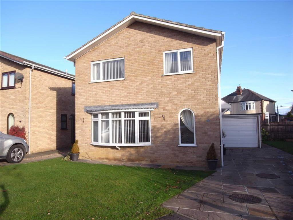 4 Bedrooms Detached House for sale in Cromarty Close, Darlington