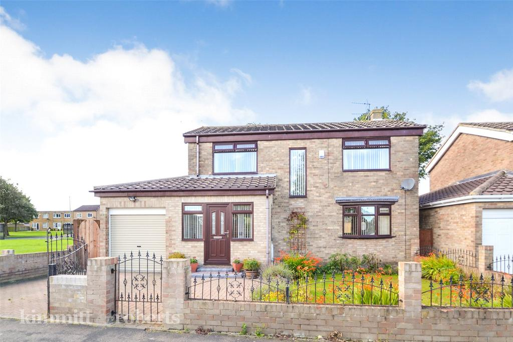 4 Bedrooms Detached House for sale in Dinting Close, Peterlee, County Durham, SR8