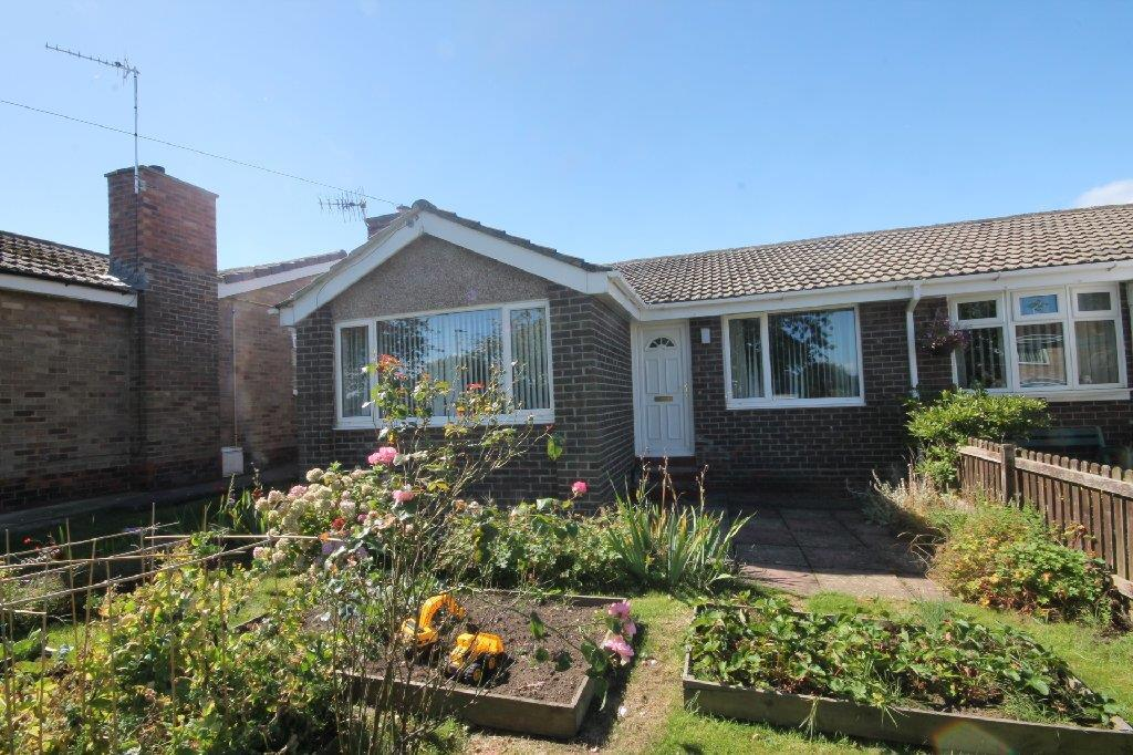 2 Bedrooms Semi Detached Bungalow for sale in Thirlmere Grove West Auckland, Bishop Auckland