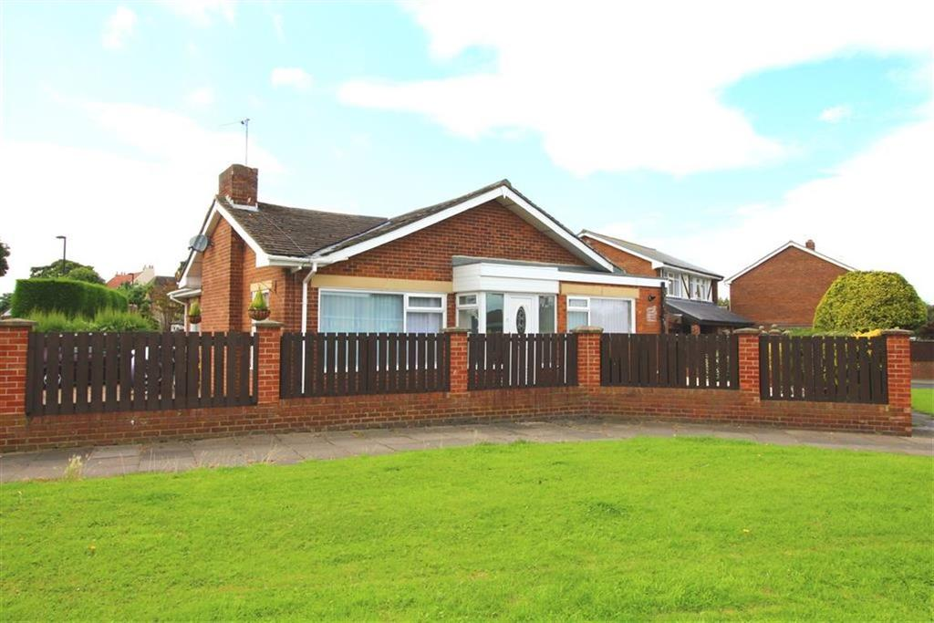3 Bedrooms Detached Bungalow for sale in Front Street, North Shields