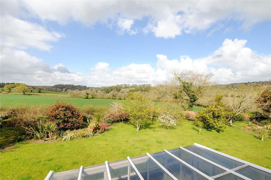 4 Bedrooms Detached House for sale in A delightful country home