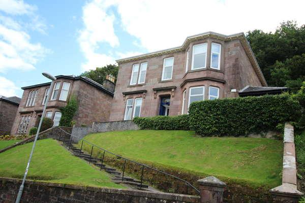 3 Bedrooms Flat for sale in Flat 1, 23 Barrhill Road, Gourock, PA19 1LA