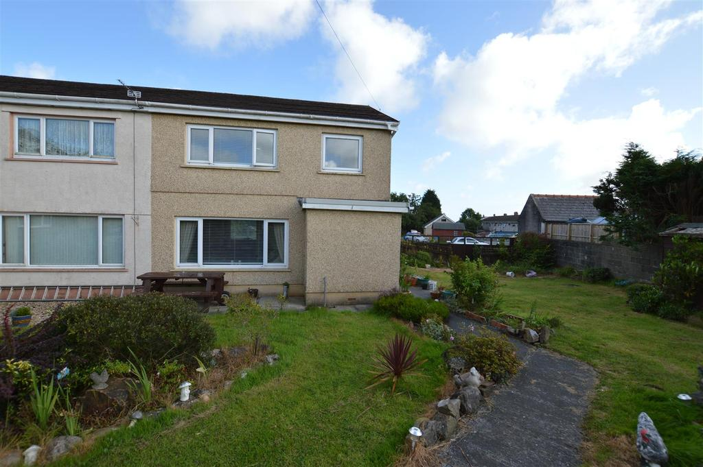 3 Bedrooms Semi Detached House for sale in Spien Road, Penygroes,