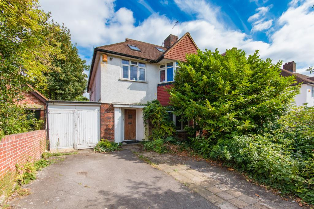 5 Bedrooms Semi Detached House for sale in Leigham Court Road, London, SW16