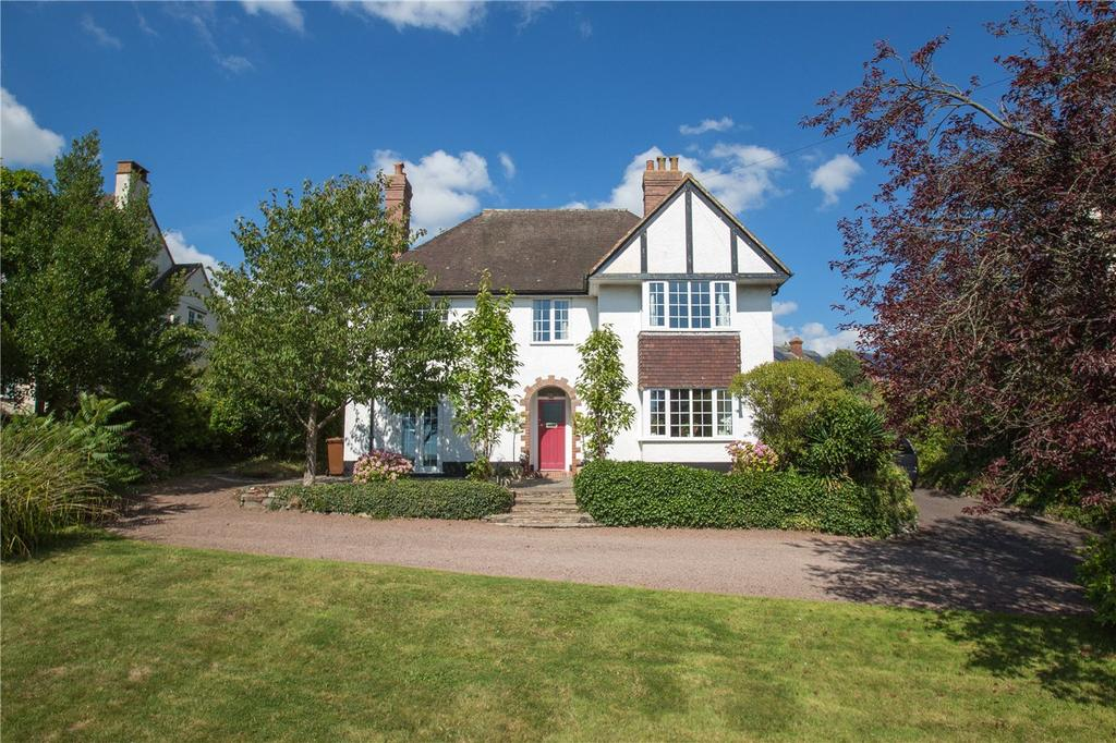 4 Bedrooms Detached House for sale in Western Road, Crediton, Devon, EX17