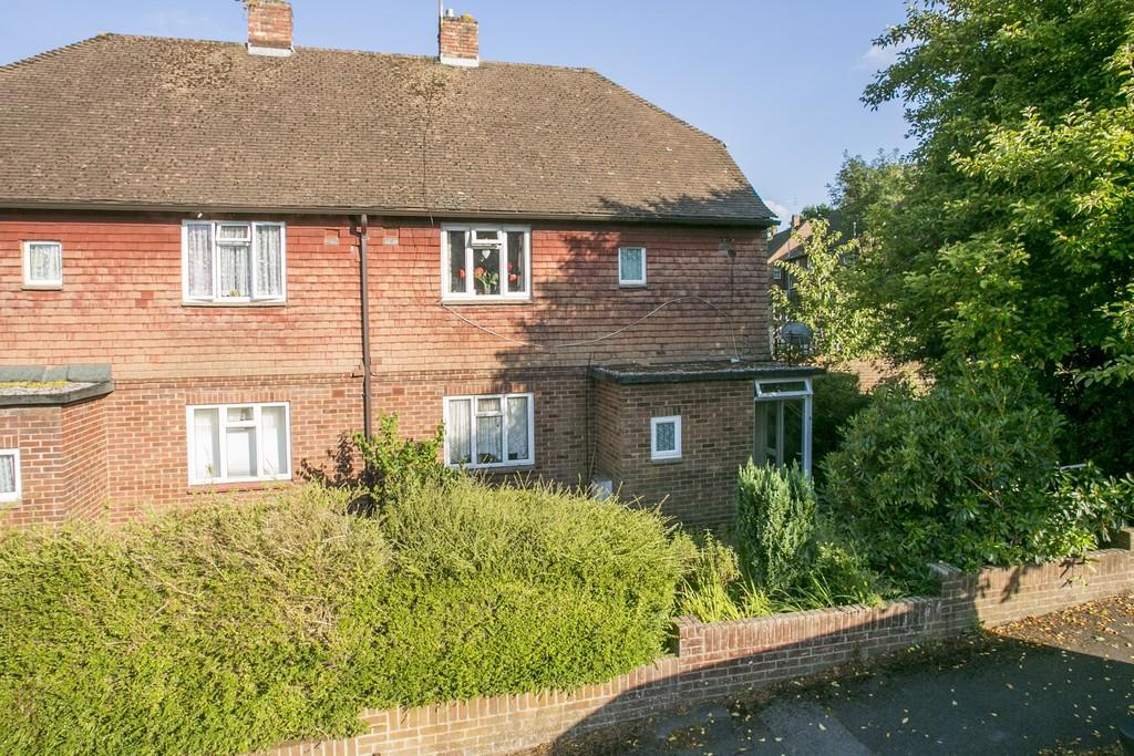 2 Bedrooms Maisonette Flat for sale in Friezland Road, Tunbridge Wells