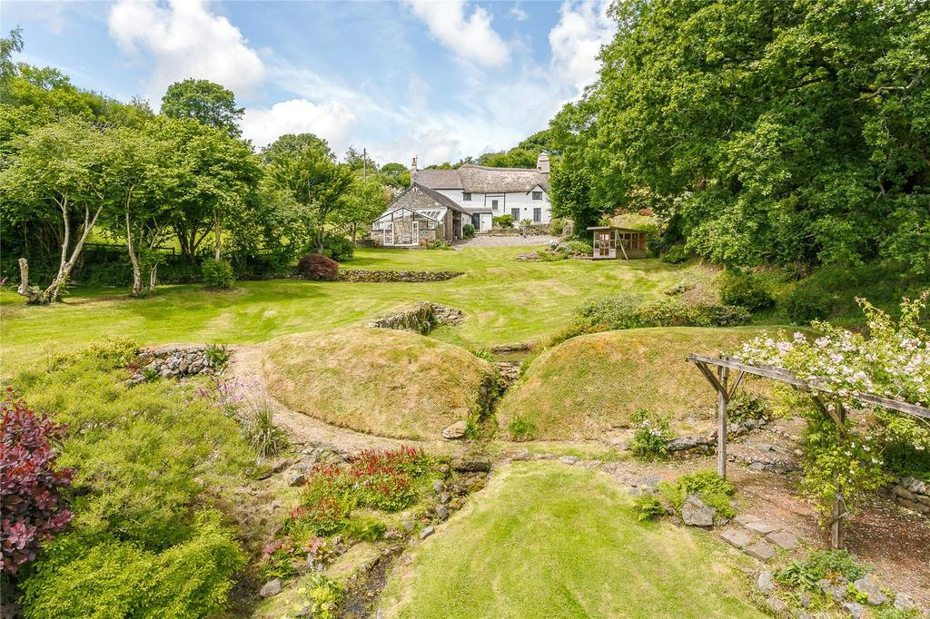 3 Bedrooms Detached House for sale in Holne, Newton Abbot, Devon