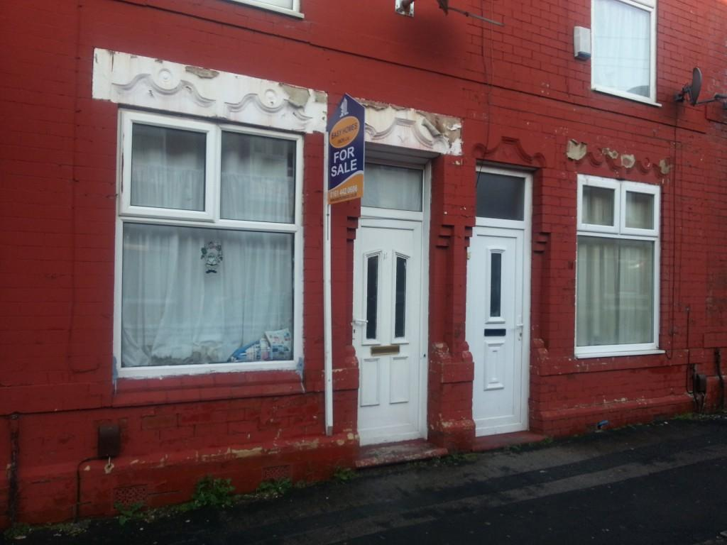 2 Bedrooms Terraced House for sale in Grasmere Street, Manchester, M12
