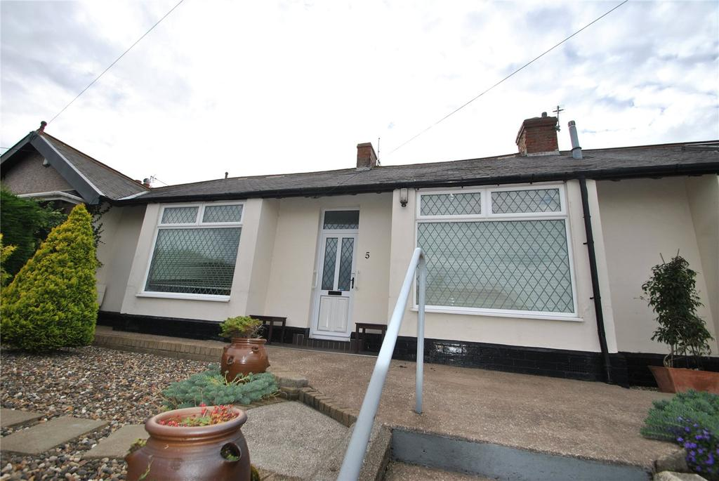 2 Bedrooms Terraced Bungalow for sale in Park Lane, Murton, Seaham, Co.Durham, SR7