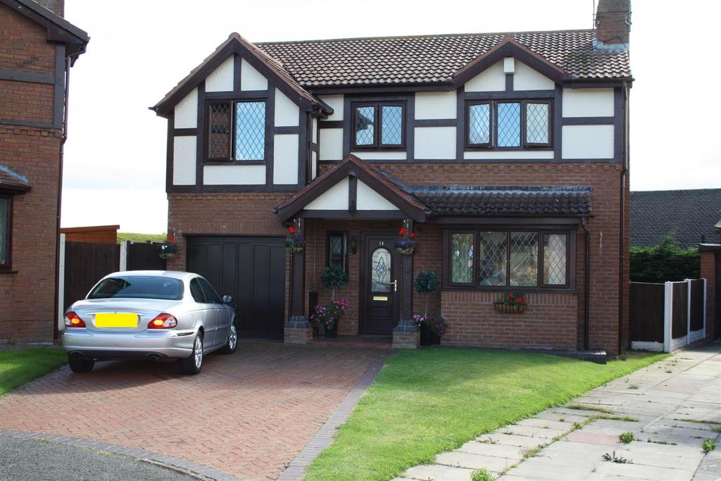 4 Bedrooms Detached House for sale in Hammond Court, Rhyl