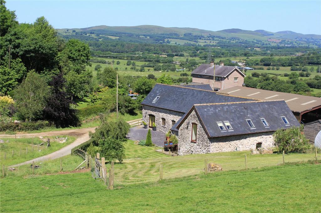 5 Bedrooms Detached House for sale in Llandegla, Denbighshire, LL11