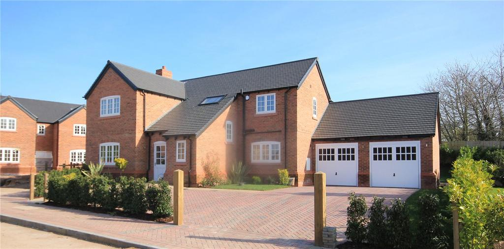 4 Bedrooms Detached House for sale in Moor Court, Hapsford, Nr Helsby, WA6