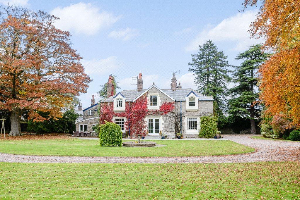 6 Bedrooms Detached House for sale in Village Road, Nannerch, Nr Mold, Flintshire, CH7