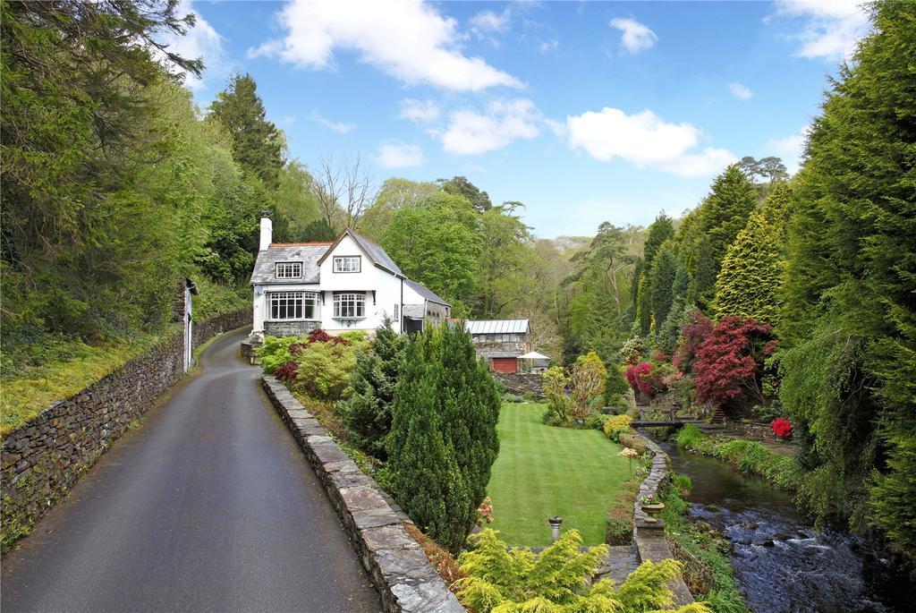 5 Bedrooms Detached House for sale in Glandwr, Nr Barmouth, Gwynedd, LL42