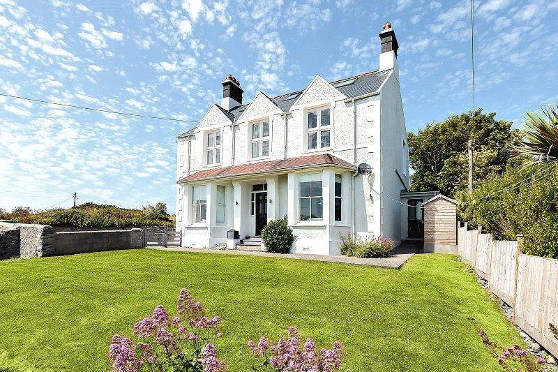 6 Bedrooms Semi Detached House for sale in Tirionfa, Lon St Ffraid, Trearddur Bay, LL65