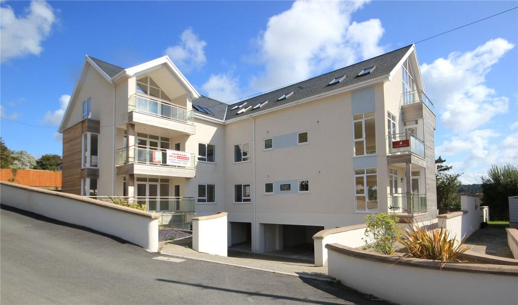 2 Bedrooms Apartment Flat for sale in Llys Vardre, All Saints Avenue, Deganwy, Conwy, LL31