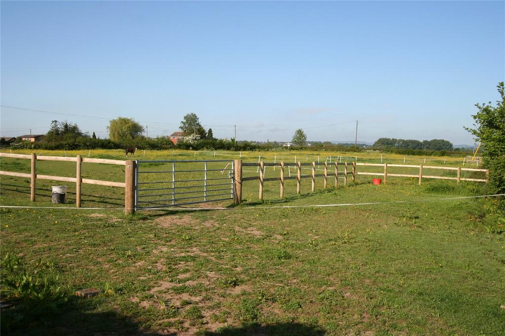 Equestrian Facility Character Property for sale in Darland Lane, Rossett, Nr Wrexham, LL12