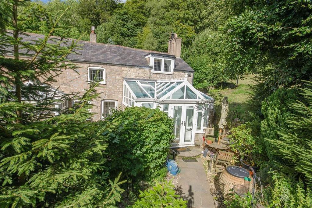 2 Bedrooms Cottage House for sale in Ruthin Road, Loggerheads, Mold