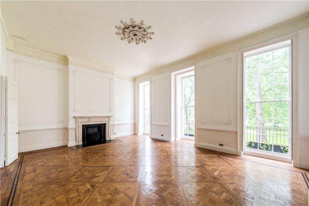 7 Bedrooms Terraced House for sale in Fitzroy Square, London, W1T