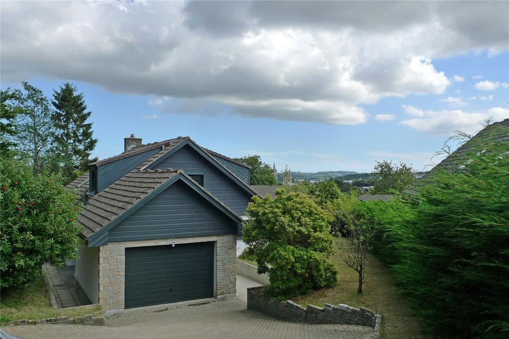 4 Bedrooms Detached House for sale in The Spires, Truro, Cornwall