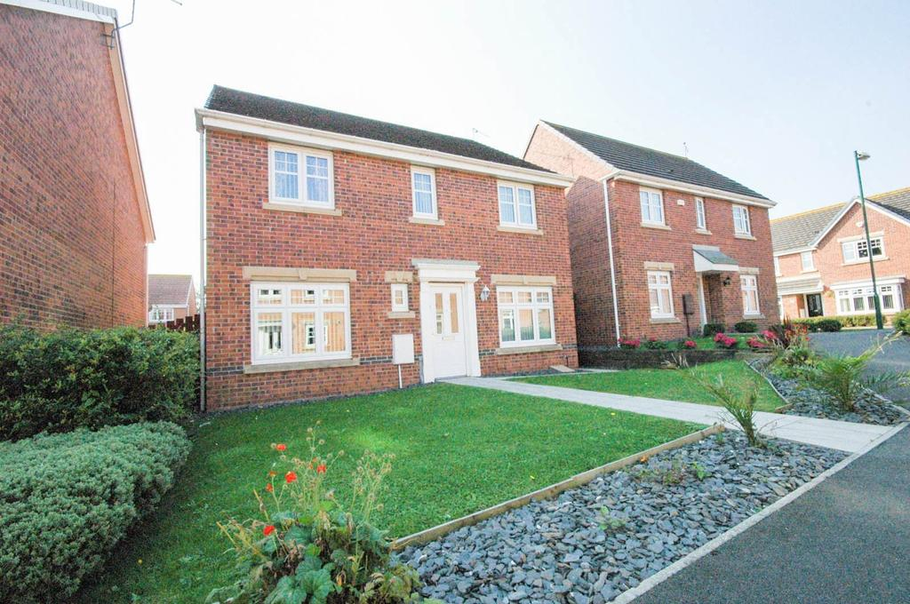 4 Bedrooms Detached House for sale in Woodside Drive, Boldon Colliery