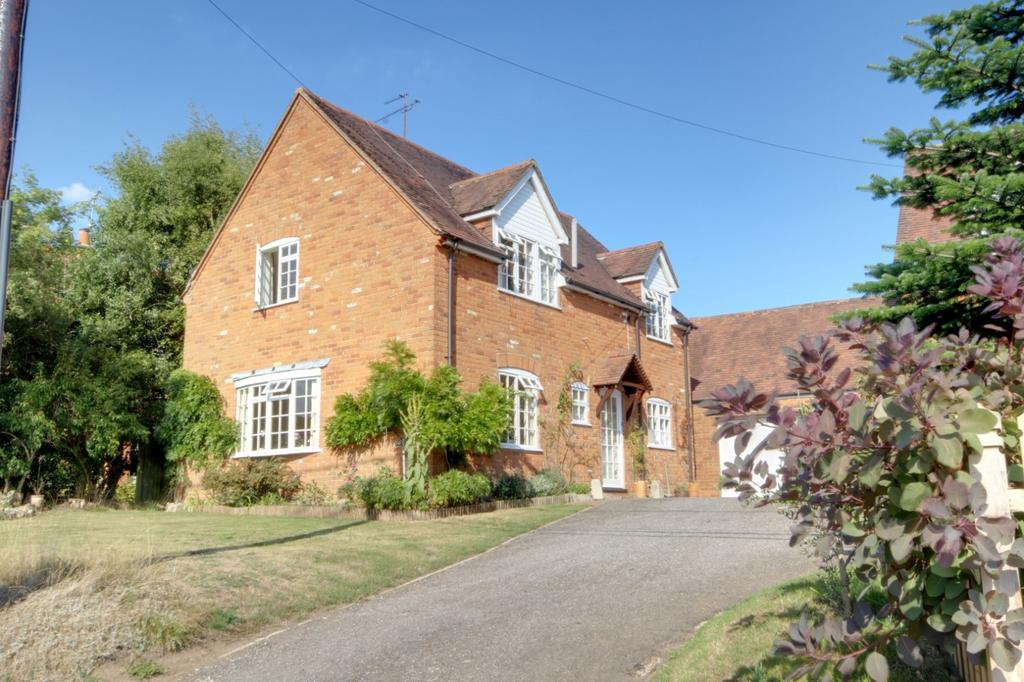 4 Bedrooms Detached House for sale in South Stoke