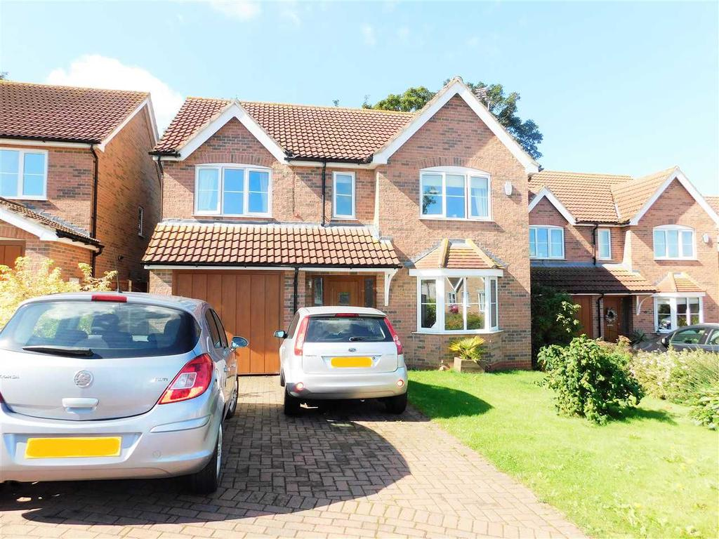 4 Bedrooms Detached House for sale in ARCHERS CLOSE, Wrawby, BRIGG