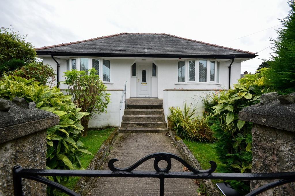 3 Bedrooms Detached Bungalow for sale in Minffordd Road, Penrhyndeudraeth, North Wales