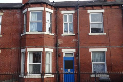 Studio to rent - Flat 4, Hillcrest Avenue