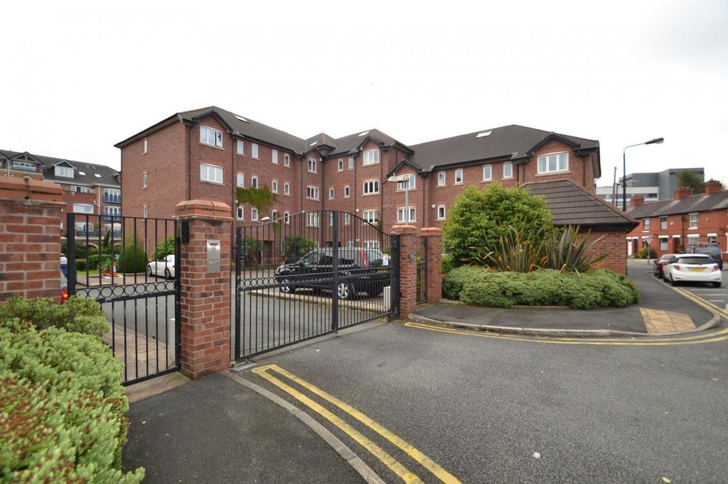 2 Bedrooms Apartment Flat for sale in The Waterside, Bridgewater Street, Sale