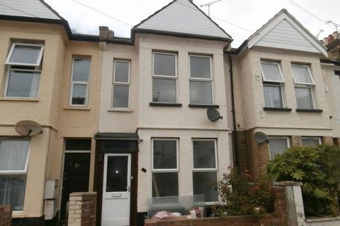 3 bedroom house to rent - Guildford Road, Southend-On-Sea